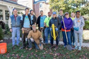 GTA Volunteers planting trees in Towson